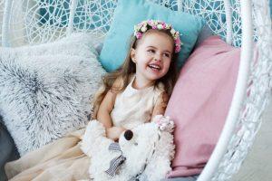 7 สิ่ง เตรียมความพร้อม ก่อนพาลูกออกงาน